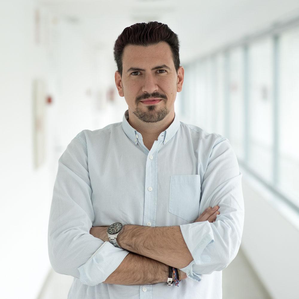 José Luis González